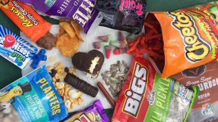delish-road-trip-snacks-1523645975